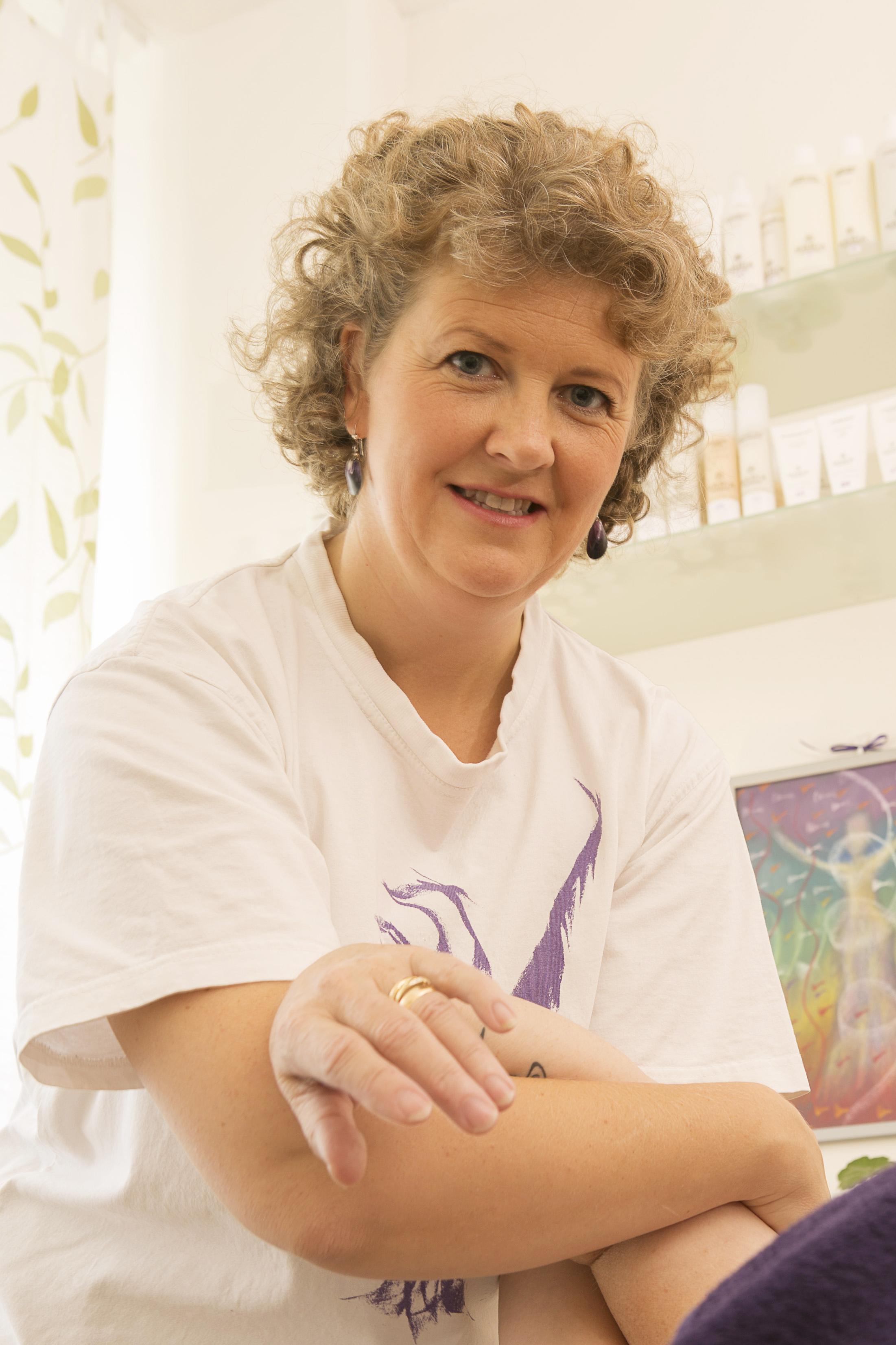 Eva Klingström Omtanken - massage & utbildning