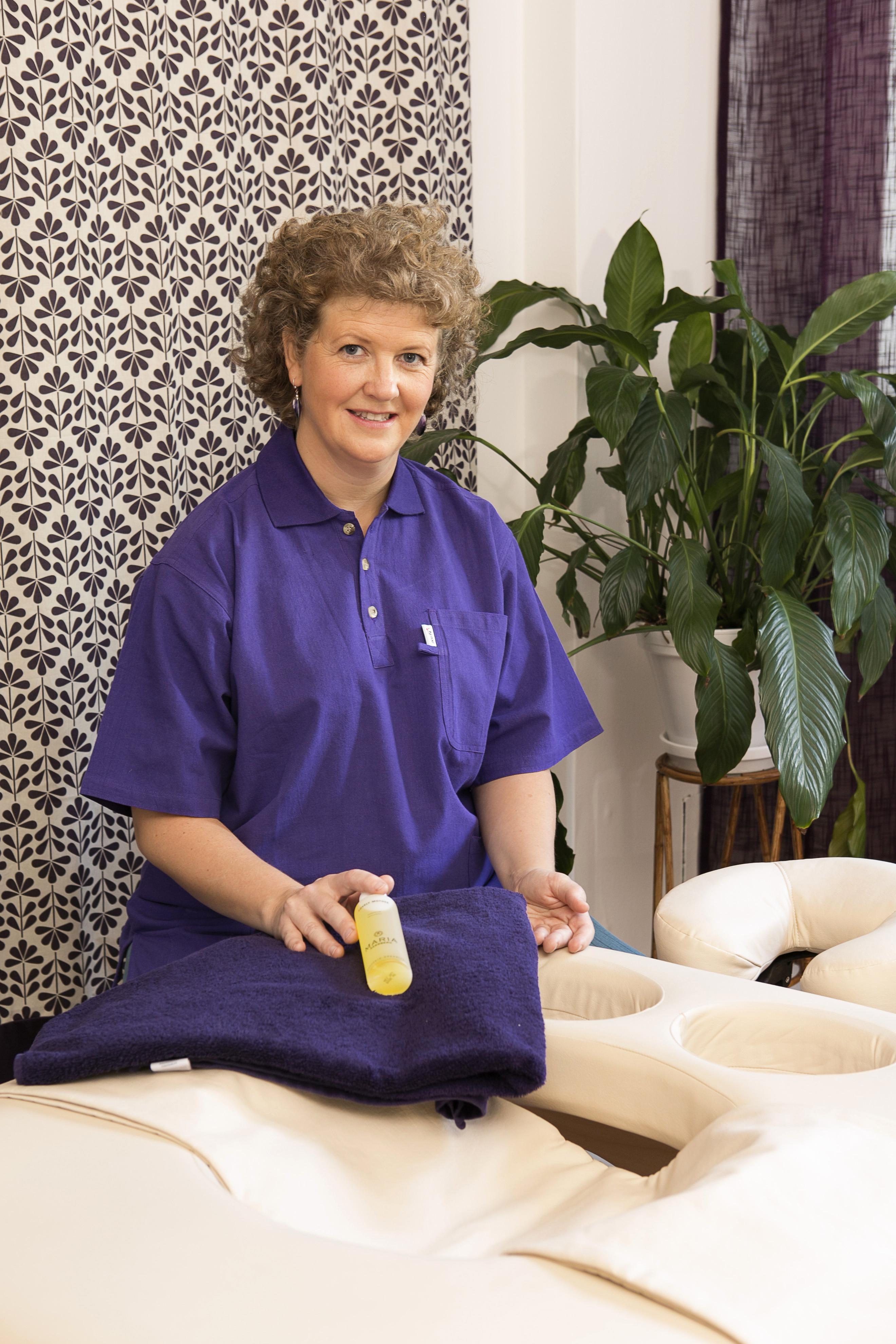 Ljuvlig massage på Omtanken med produkter från Maria Åkerberg